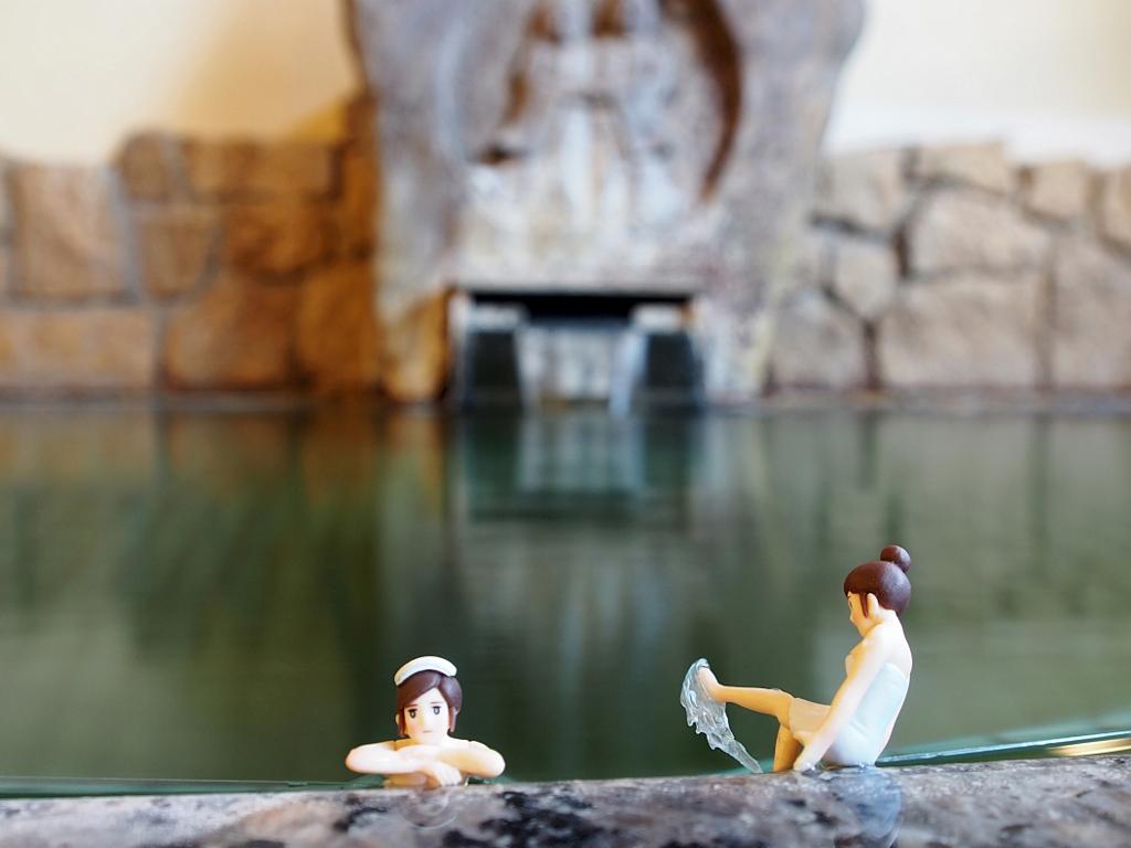 中央ホテル男湯コップにフチ子温泉