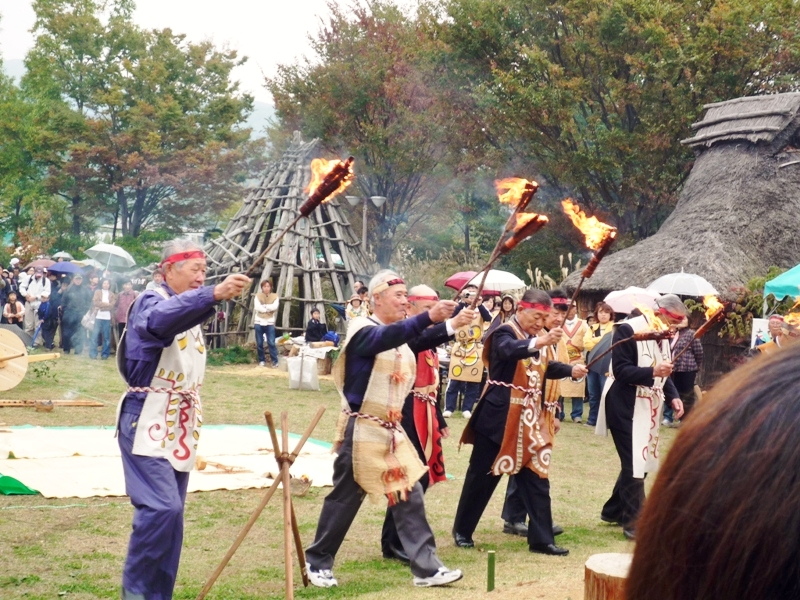 千曲市さらしなの里縄文祭り古代体験パーク