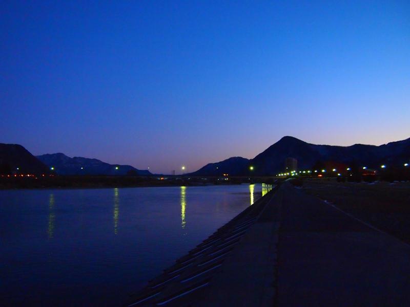 千曲川(冬景色)